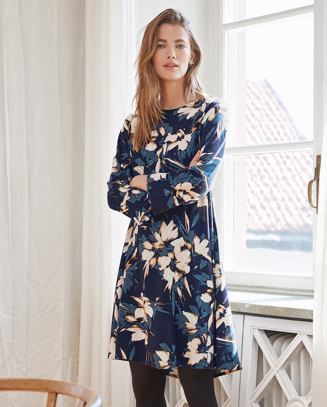 Freizeitkleider und -röcke | Wrap London
