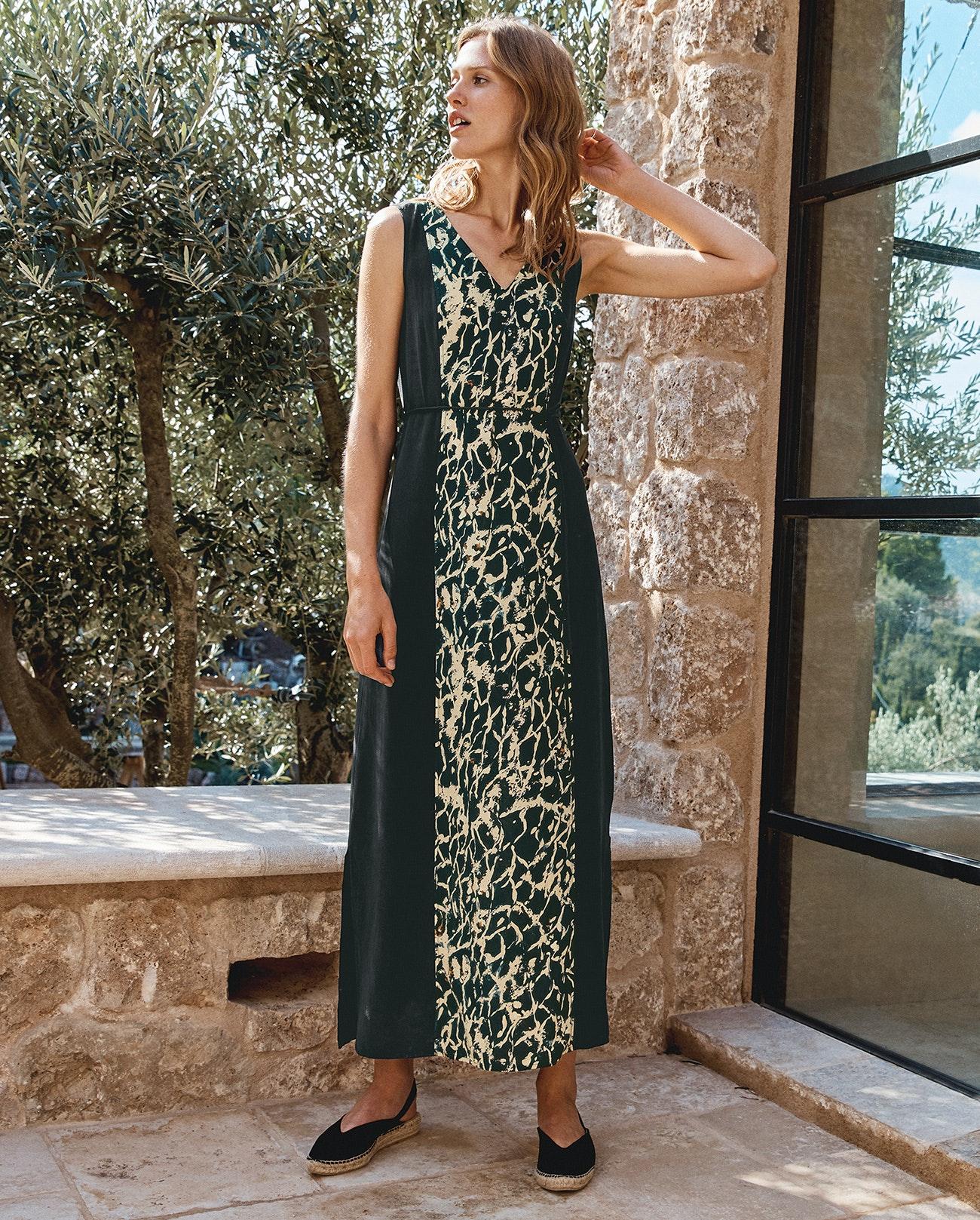 9d0f53f958345f Panelled maxi dress - Wrap London